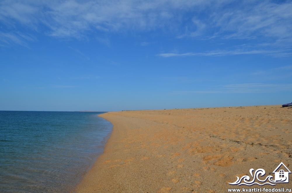 Пляж мыса Опук со стороны Феодосии