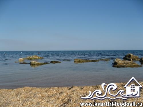 Необорудованный участок Золотого пляжа
