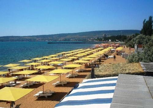 Пляж в Феодосии 2-й городской или