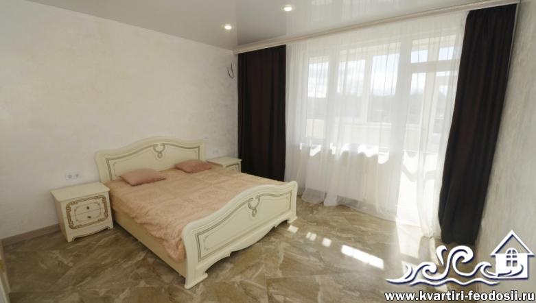 2-комнатная квартира люкс в Феодосии на Черноморской набережной, 1-К (6)
