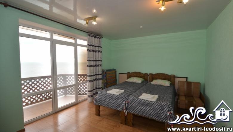 Эллинг в Приморском №14 с видом на море и балконом