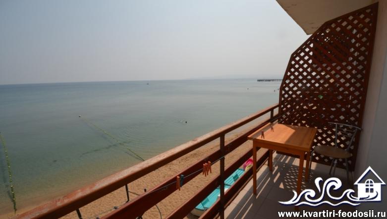 Эллинг в Приморском №19 с видом на море и балконом