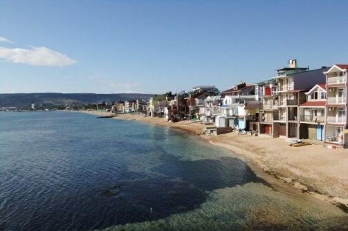 Эллинги на Черноморке вконце набережной