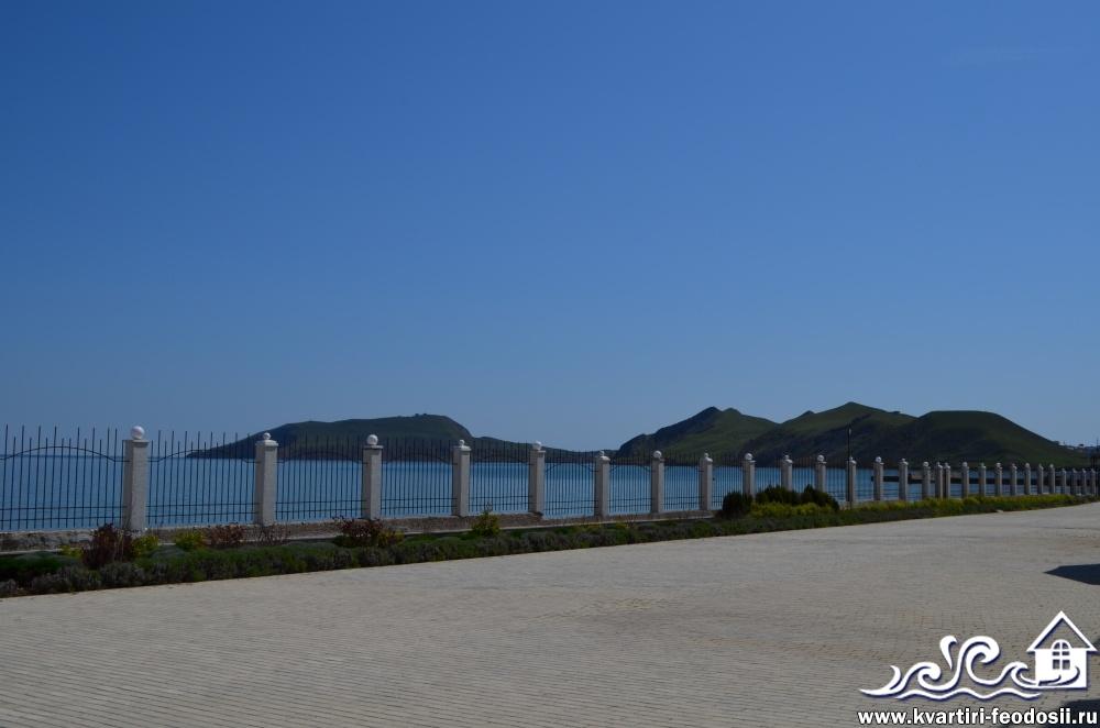 Территория эллингов Старт в Орджоникидзе вид на бухту