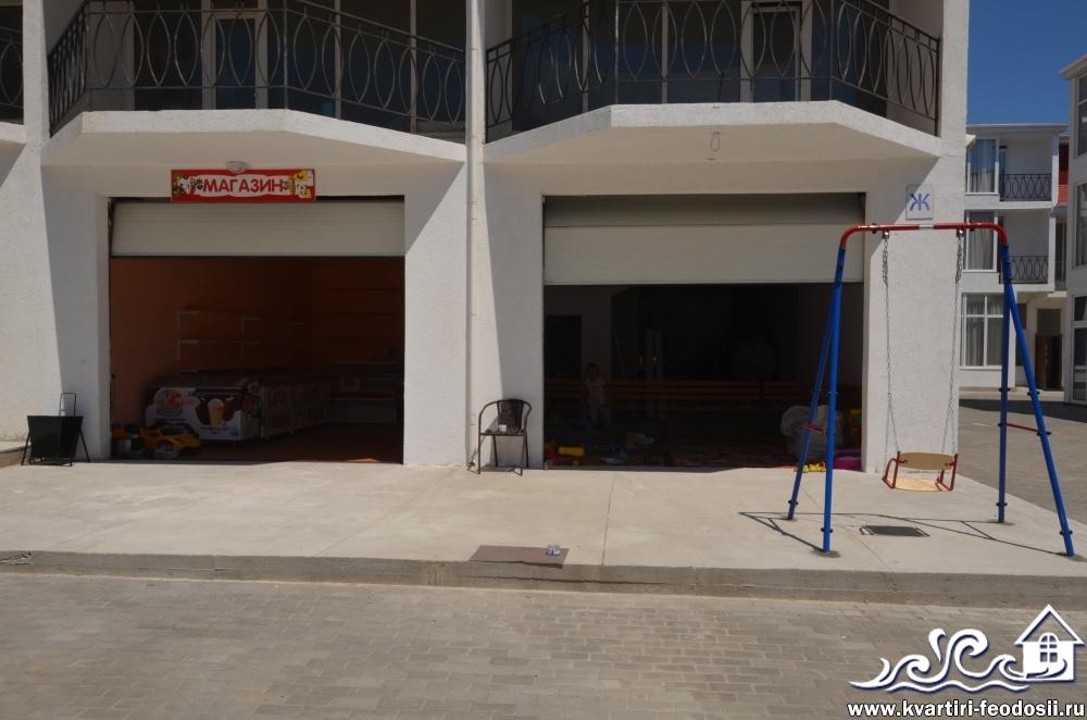 Магазин на территории эллингов Старт