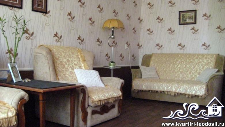 1-комнатная квартира в центре Феодосии-ул. Земская,18