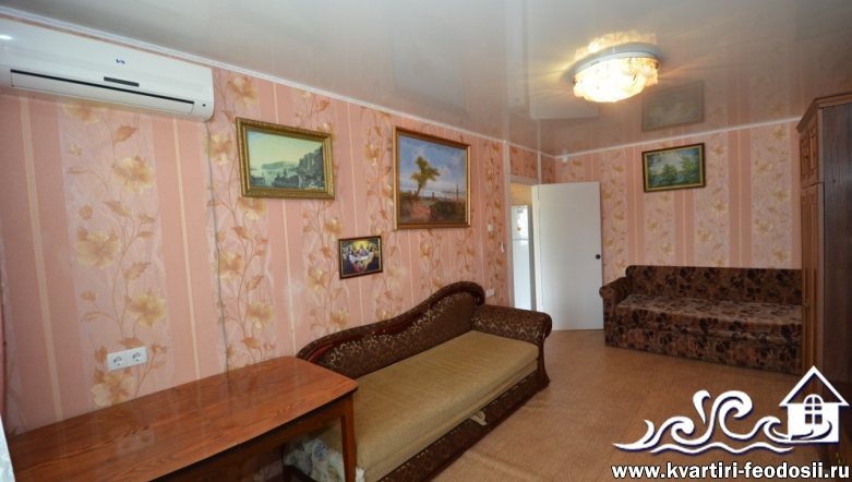 1-комнатная квартира в Феодосии-бул. Старшинова,12
