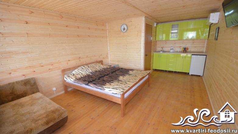 1-комнатный номер на втором этаже в Феодосии-ул.Куйбышева