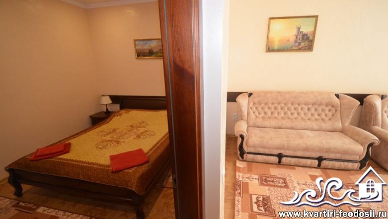 Феодосия снять квартиру на Черноморской набережной №5 люкс