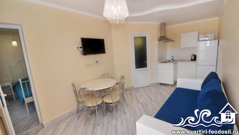 Квартира с видом на море в Феодосии №10