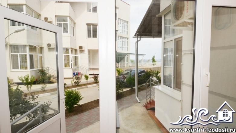 Апартаменты в Феодосии на Черноморской набережной №2 люкс