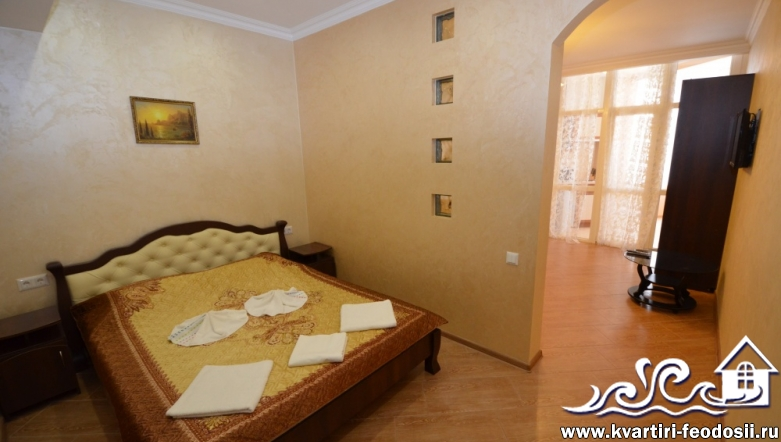 Апартаменты в Феодосии на Черноморской набережной №3 люкс