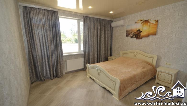 2-комнатная квартира люкс в Феодосии на Черноморской набережной, 1-К (7)