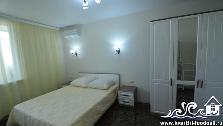 2-комнатная квартира люкс в Феодосии на Черноморской набережной, 1-И