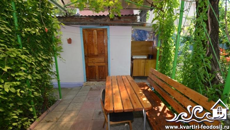 1-комнатный дом ЭКОНОМ в Феодосии-ул. Народная