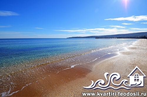 Море и пляж на Черноморской набережной